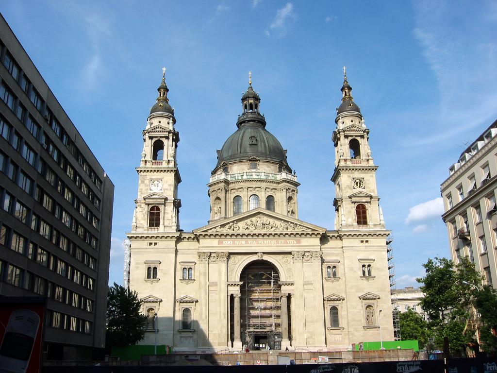 saint stephen's basilica ile ilgili görsel sonucu